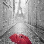 エッフェル塔と赤い傘