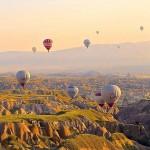 熱気球のある景色