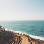 海辺の小路